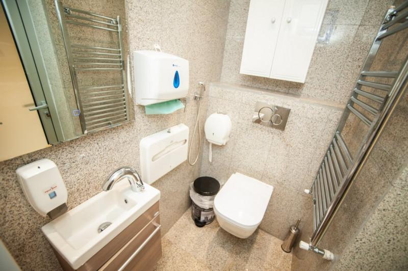 De vanzare - Clinica, 12 camere, 480mp, acces dublu, lift, Bucurestii Noi