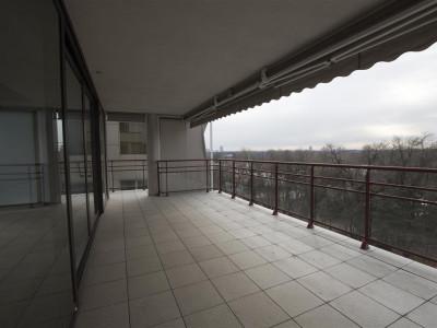 Inchiriere apartament cu vedere catre Parcul Herastrau