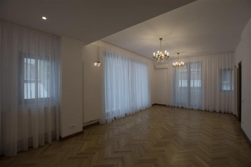 Dorobanti apartament cu 4 camere in bloc nou