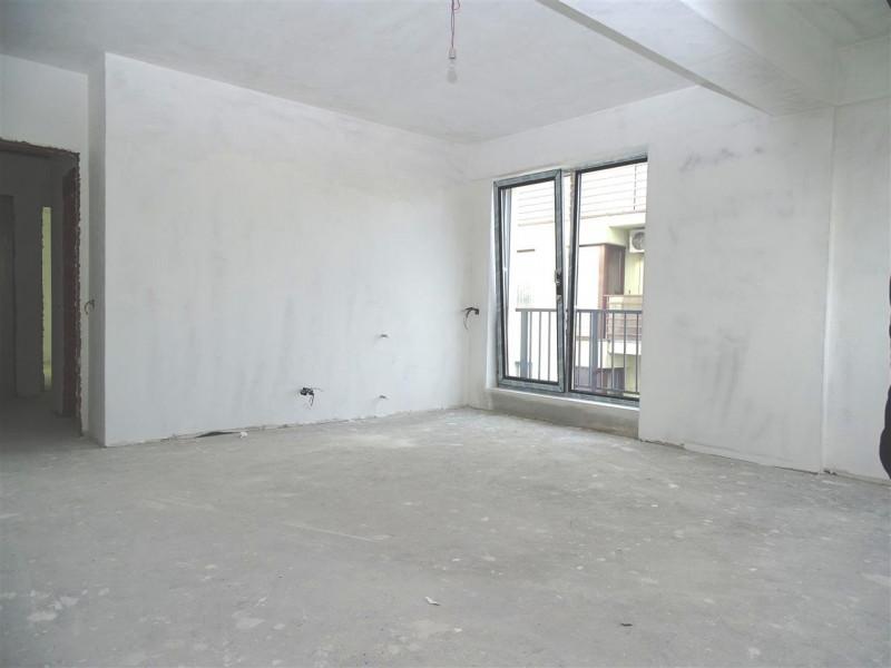 Vanzare 3 Camere 70 mp + 20 mp terasa. Bucurestii Noi-Soseaua Chitilei