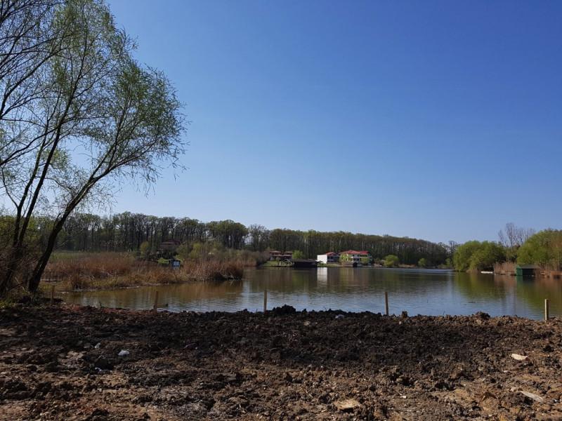 Teren cu deschidere 26m la lacul Snagov