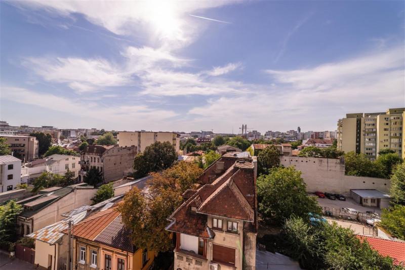 Vanzare penthouse langa Piata Victoriei