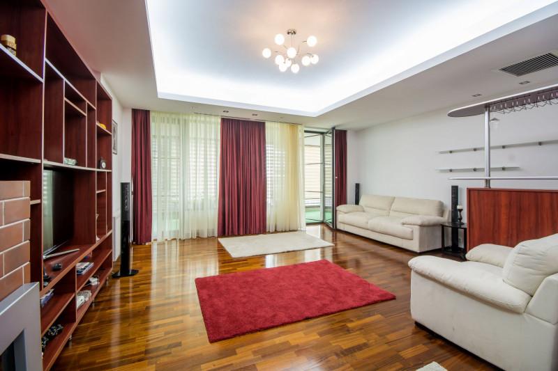 Liziera inchiriere apartament langa padure complex rezidential