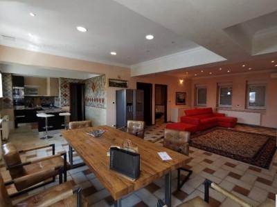 Apartament renovat complet, de lux,Calea Victoriei lângă Radisson