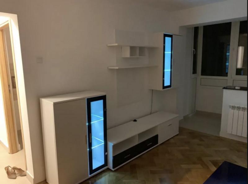 Apartament 2 camere in Piata Victoriei