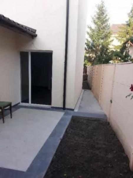 Casa cu curte, 3 camere in Bucurestii Noi, la 8 minute de metrou.