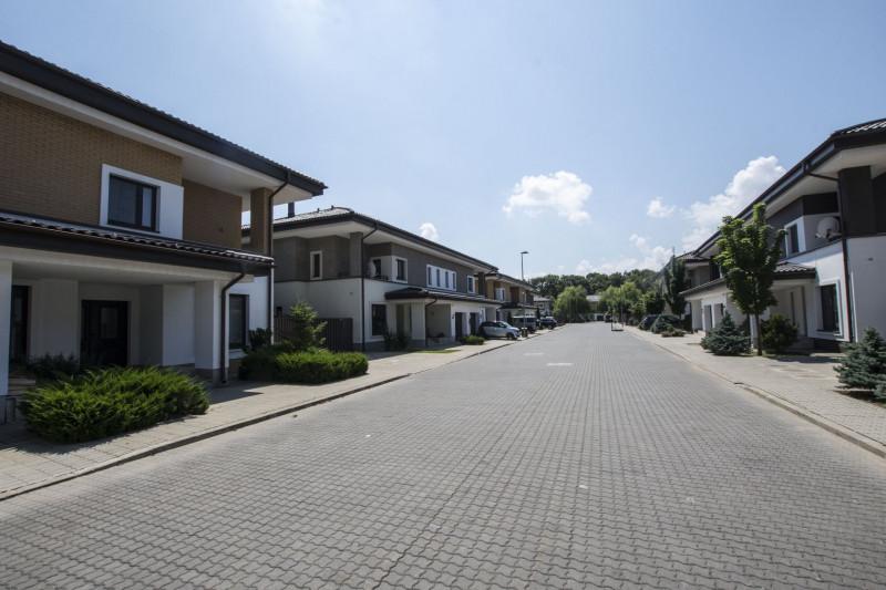 Pipera inchiriere vila in complex rezidential premium