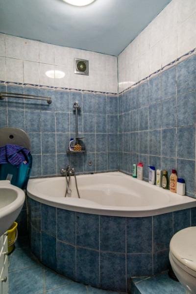 Titan 1 Decembrie , apartament 4 camere decomandat