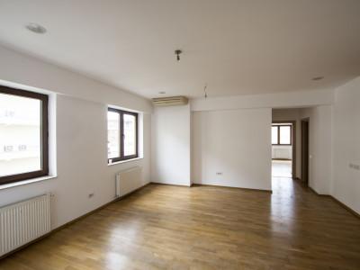 Herastrau vanzare apartament langa Satul Francez