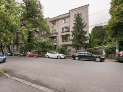 Apartament cochet parcul Cismigiu
