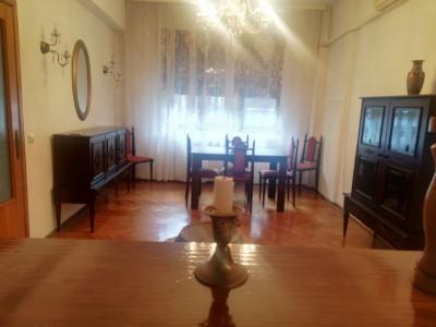 Inchiriere apartament 3 camere Eminescu bloc diplomati