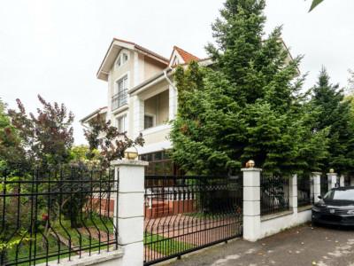 Posibilitate 2 Unitati Locative 2 Intrari Separate 6 Dormitoare in Iancu Nicolae