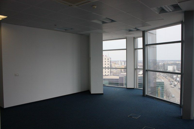Baneasa spatiu birou 300 mp cladire clasa A