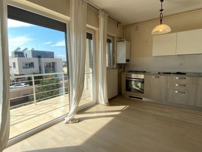 Apartament 3 camere Lacul Baneasa