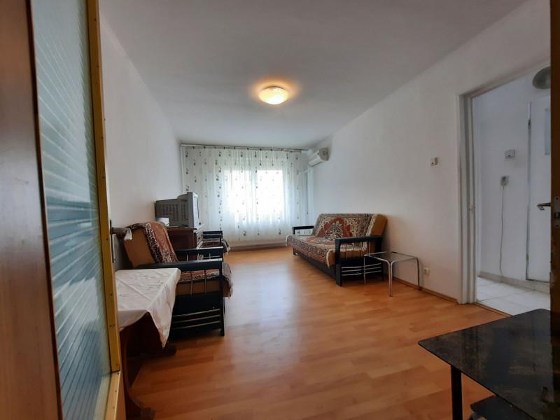 Închiriere Apartament 3 Camere